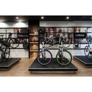 Agencement magasin L 111 mobilier design pour aménagement et décoration de magasin pret à porter, alimentaire, sacs, chaussures