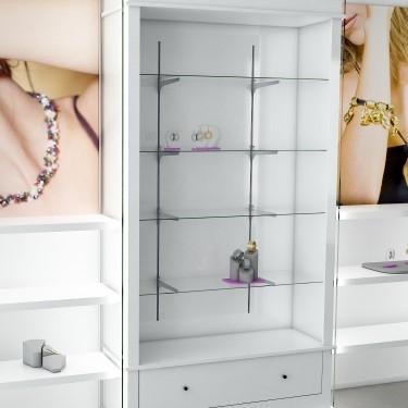 Armoire d' exposition avec crémaillères et tiroir