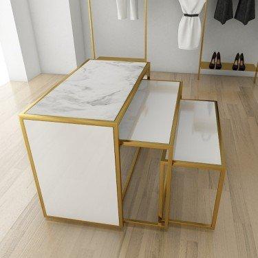 Table d'exposition pour magasin retail design
